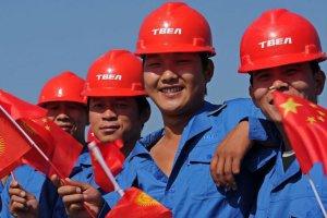 نظارت بر احساسات کارگران چینی با کلاه ذهن خوان